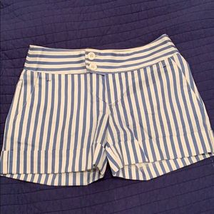 Striped double button shorts